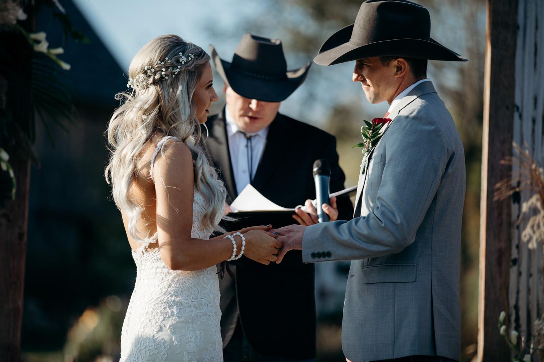 grant beachy wedding photographer goshen elkhart south bend warsaw -036.jpg