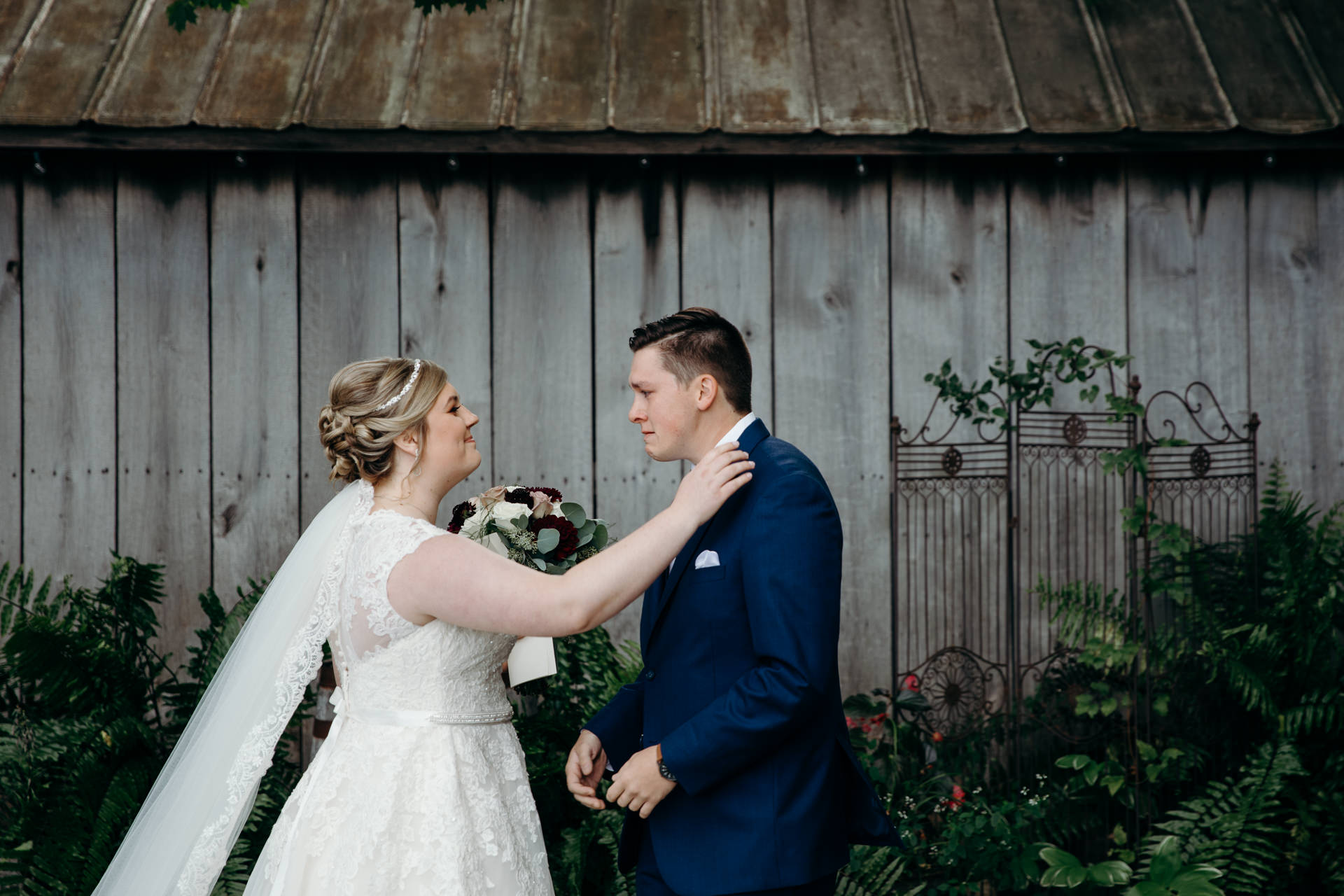 Grant Beachy wedding photographer elkhart goshen south bend, warsaw chicago-0017.jpg