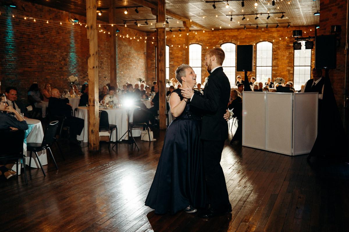 Grant Beachy Photography wedding goshen indiana elkhart south bend-065.jpg