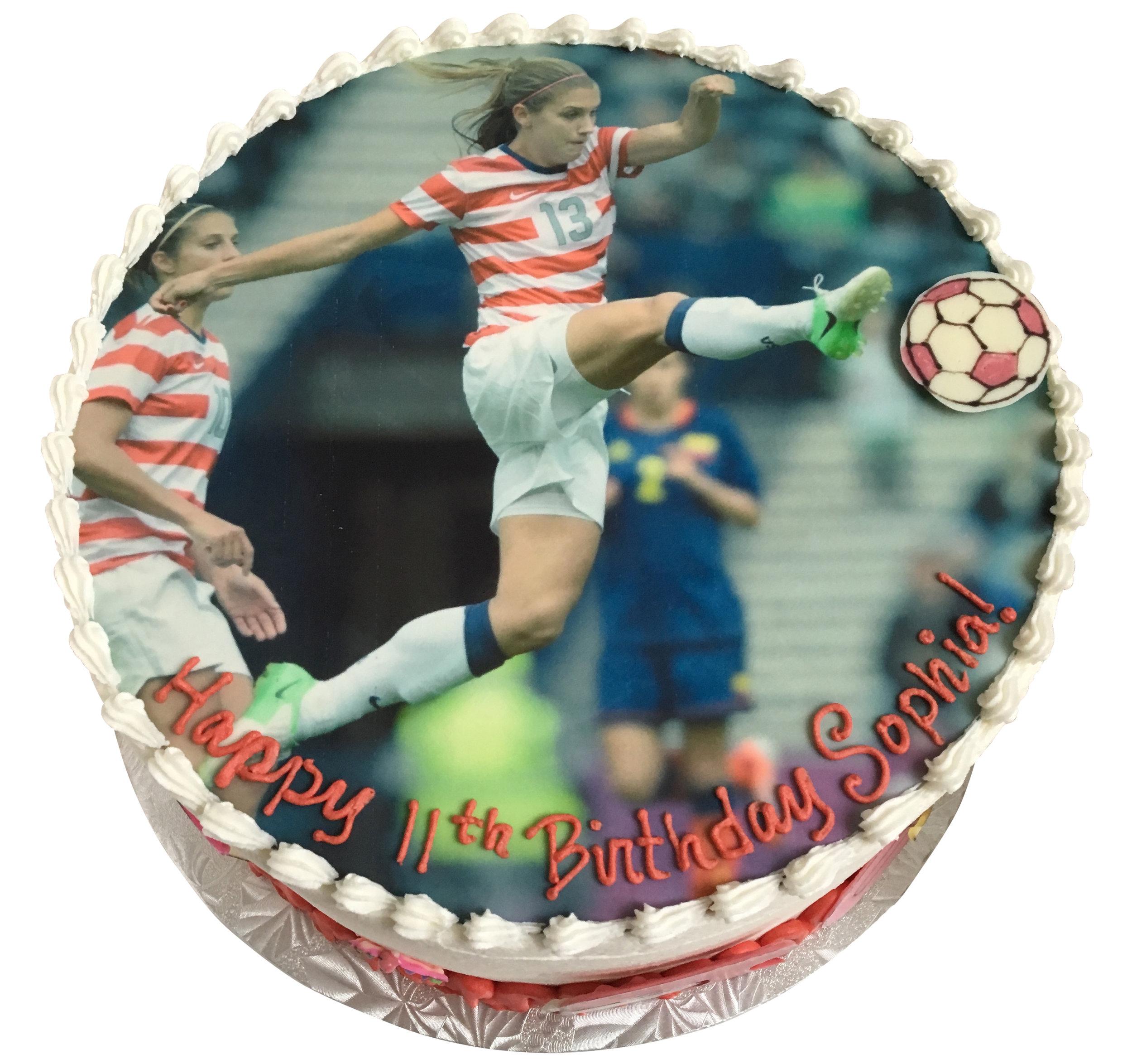 BeBe-Cakes-Sports-Soccer-Cake.jpg