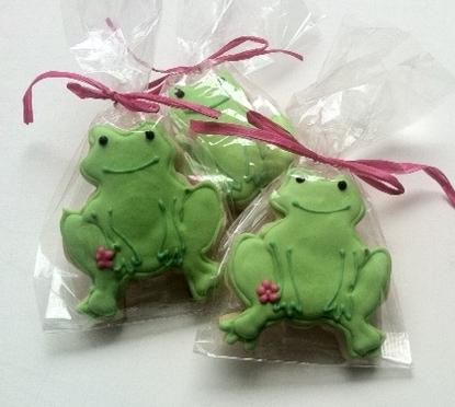 frogcookies.JPG