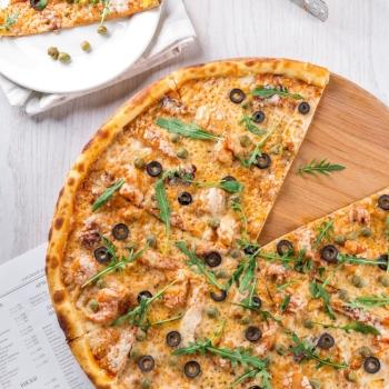 Pizza vs. Pad Thai: Which one's healthier? via myBody+Soul