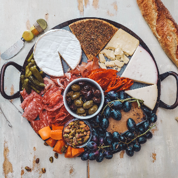 How to build a calorie-friendly cheese platter, according to a dietitian via myBody+Soul