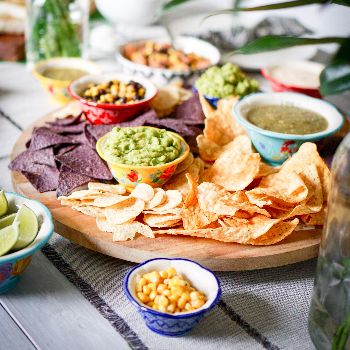 Guacamole vs hummus: A dietitian's guide to which is better for you via myBody+Soul
