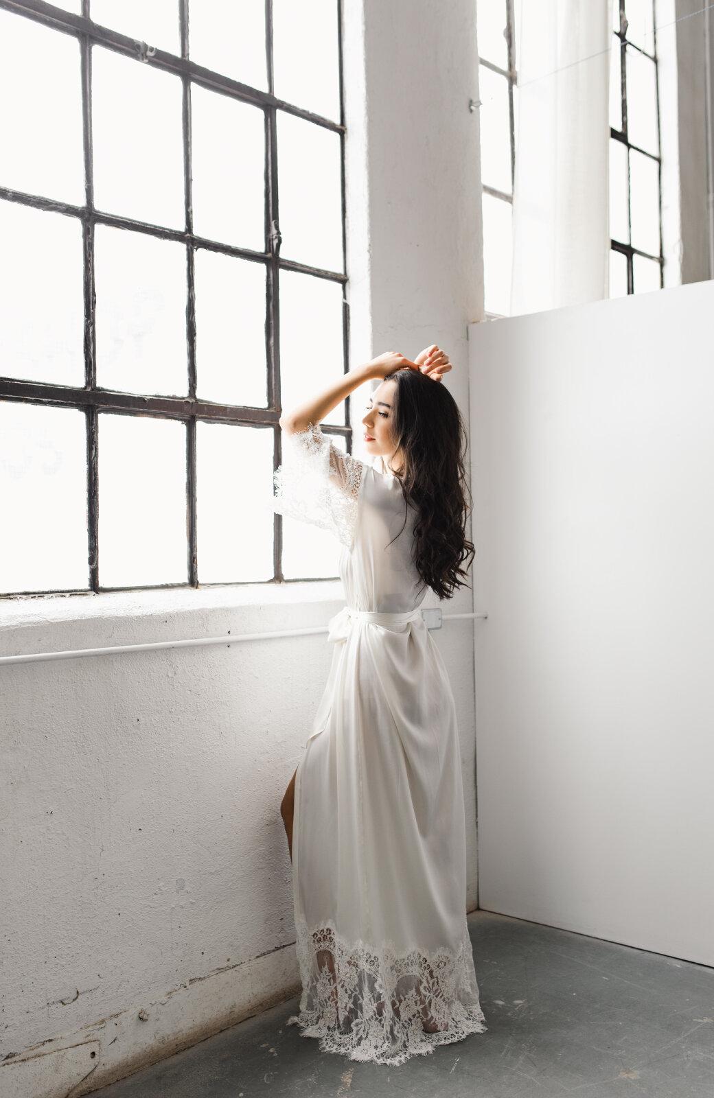 Elle Silk Bridal Robe Spina Bride