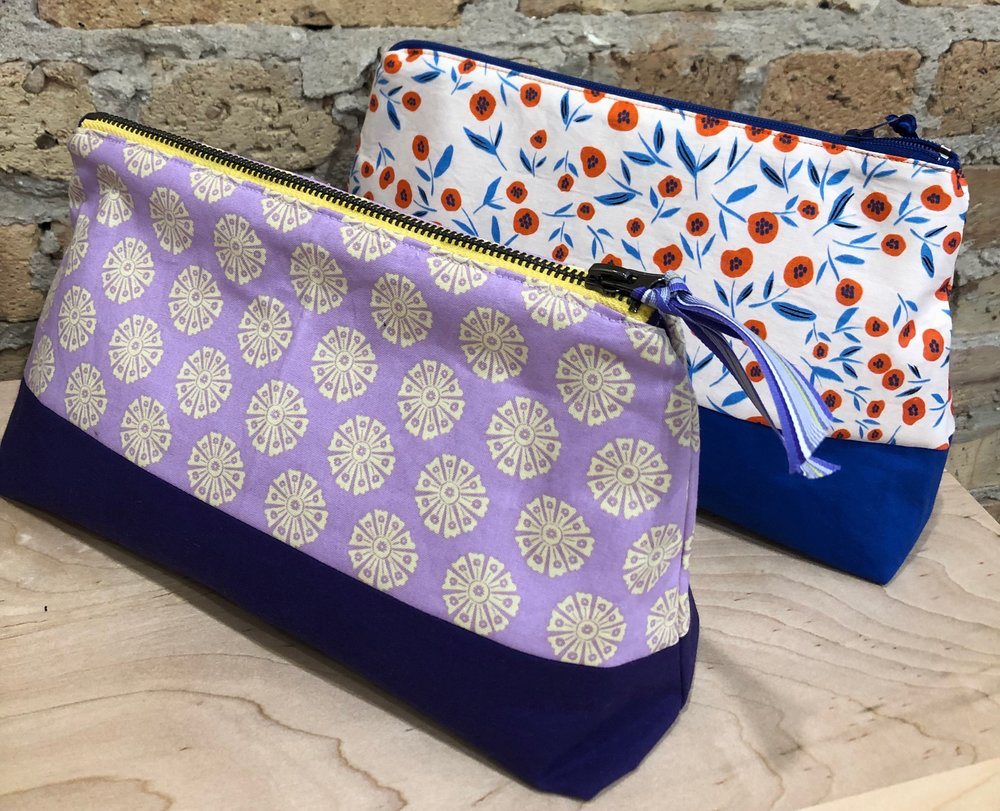 Sew on ThursdaysWorkshops - June 6 Beginner Pillowcase 6:30-8:00pm $45June 13 Envelope Pillow 6:30-8:00pm $55June 20 Reversible Tote 6:30-8:30pm $65June 27 Zippered Pouch 6:30 -8:30pm $65Beginner level - Adult In these individual Thursday evening classes you will learn the basics of machine sewing, including threading the machine, using different stitch settings, and how to sew a seam. Each project gives you the ability to practice your new skills, and you will walk away with a completed hand sewn item.Fabric and notions included in cost.signup below