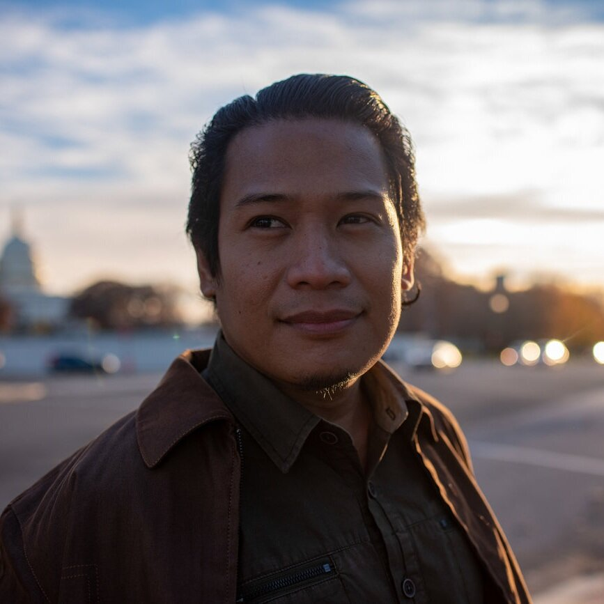 Froilan Grate  (Manila, Philippines) is an environmental educator and volunteer at heart. He currently works as the Executive Director of GAIA Philippines and as the Asia Pacific Coordinator for the Global Alliance for Incinerator Alternatives. He is also the President of Mother Earth Foundation, an NGO working with cities and municipalities in the Philippines on building Zero Waste systems, as well as Chairman of Add Up! Volunteers, a group he founded in 2003 with the goal of engaging the youth in active nation building. He was also recently elected as the next private sector representative/ Commissioner to the National Solid Waste Management Commission.
