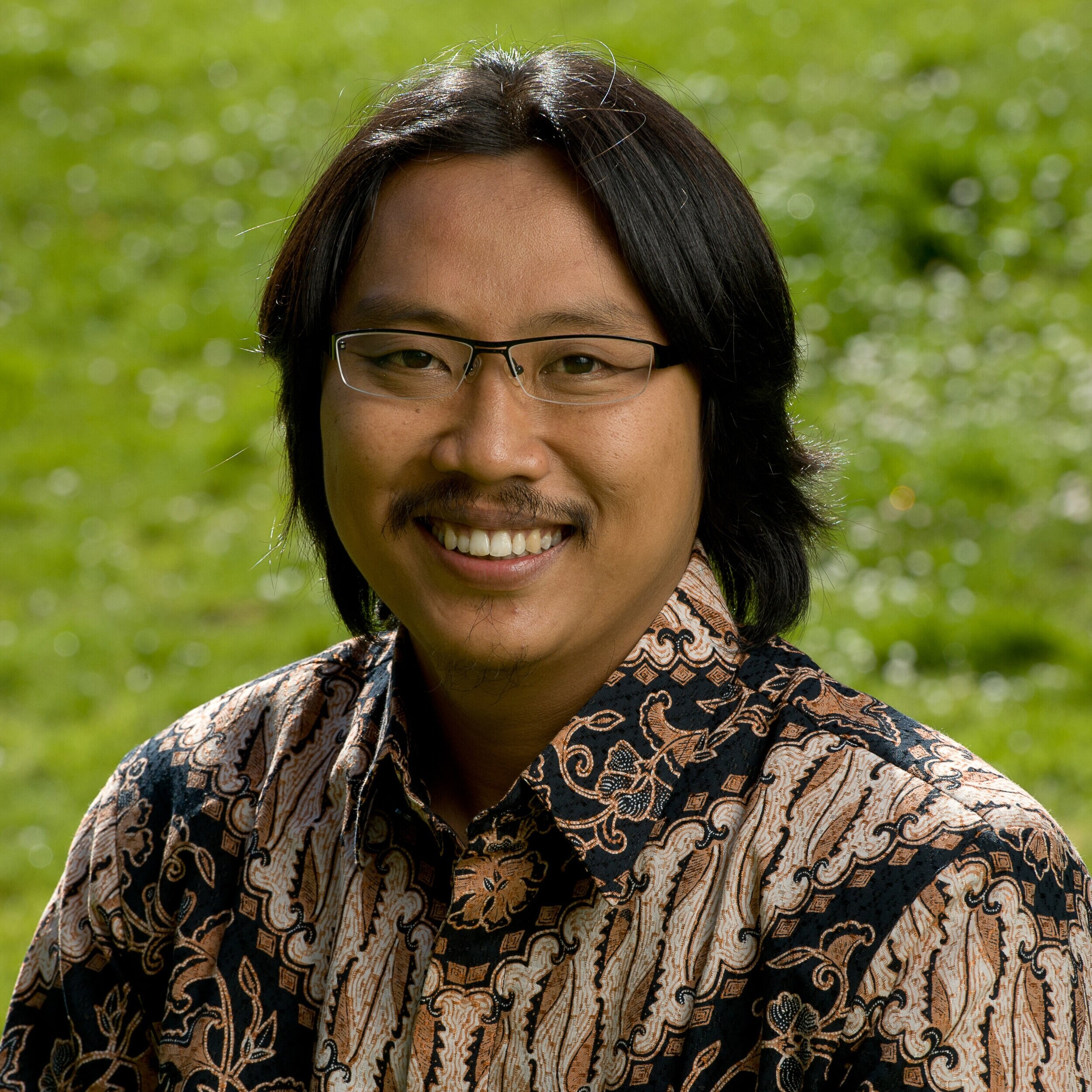Prigi Arisandi  (Indonesia) grew up near the Surabaya River and remembers seeing it degrade when factories began operating in the region in the early 1980s. He spent much of his childhood exploring the river and went on to study biology and conservation. With a deep commitment to the communities living along the river, he founded Ecological Observation and Wetlands Conservation (Ecoton) while still at university. The organization set out to protect the water resources and wetlands ecosystems of Indonesia.  By 2011, Prigi had inspired thousands of people to become Surabaya's advocates for river protection. He created the first experiential environmental education program in the region, educating the public through river tours that bring children and local residents closer to the river's rich biodiversity and devastating pollution. Prigi's River Detection Program, has been implemented in more than 50 schools, teaches children how to monitor the river's water quality and report their findings to the government. Ecoton also developed a national school network for river protection that promotes student participation in water quality monitoring and is partnering with the East Java Provincial Education Agency to introduce environmental curricula in schools across the province.  In addition, Prigi has personally conducted regular investigations of waste dumping by industry operating on the river, helping to bring about unprecedented public reporting of the pollution activities and their impact on the health of the Surabaya River. In 2007, Arisandi and Ecoton sued East Java's governor and the province's environmental management agency for failing to control water pollution on the Surabaya River. In April 2008, the provincial court issued a precedent-setting environmental decision, ordering the governor to implement water-quality regulations targeted at industry operating along the Surabaya, establishing a maximum daily limit for toxic releases into the river as well as a mon
