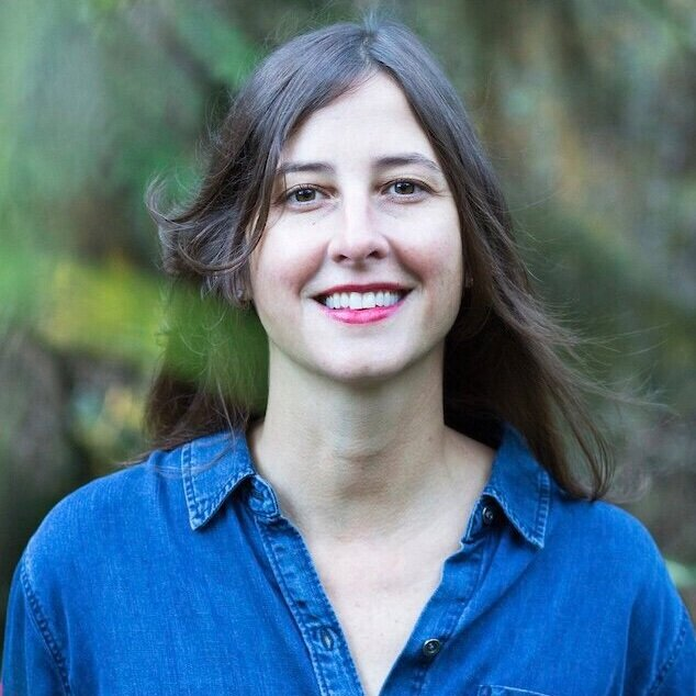 Megan Ponder (PRODUCER)  is an independent consultant specializing in the rapidly evolving waste and recycling sector. Megan's work is focused on plastic waste including regulatory policy, plastics production, and global recycling systems and trends. Previously, Megan worked on waste and recycling policy and programs for the City of Portland and served as the mayor's sustainability coordinator. She has worked extensively with stakeholders representing government, industry, and community perspectives on waste and recycling.