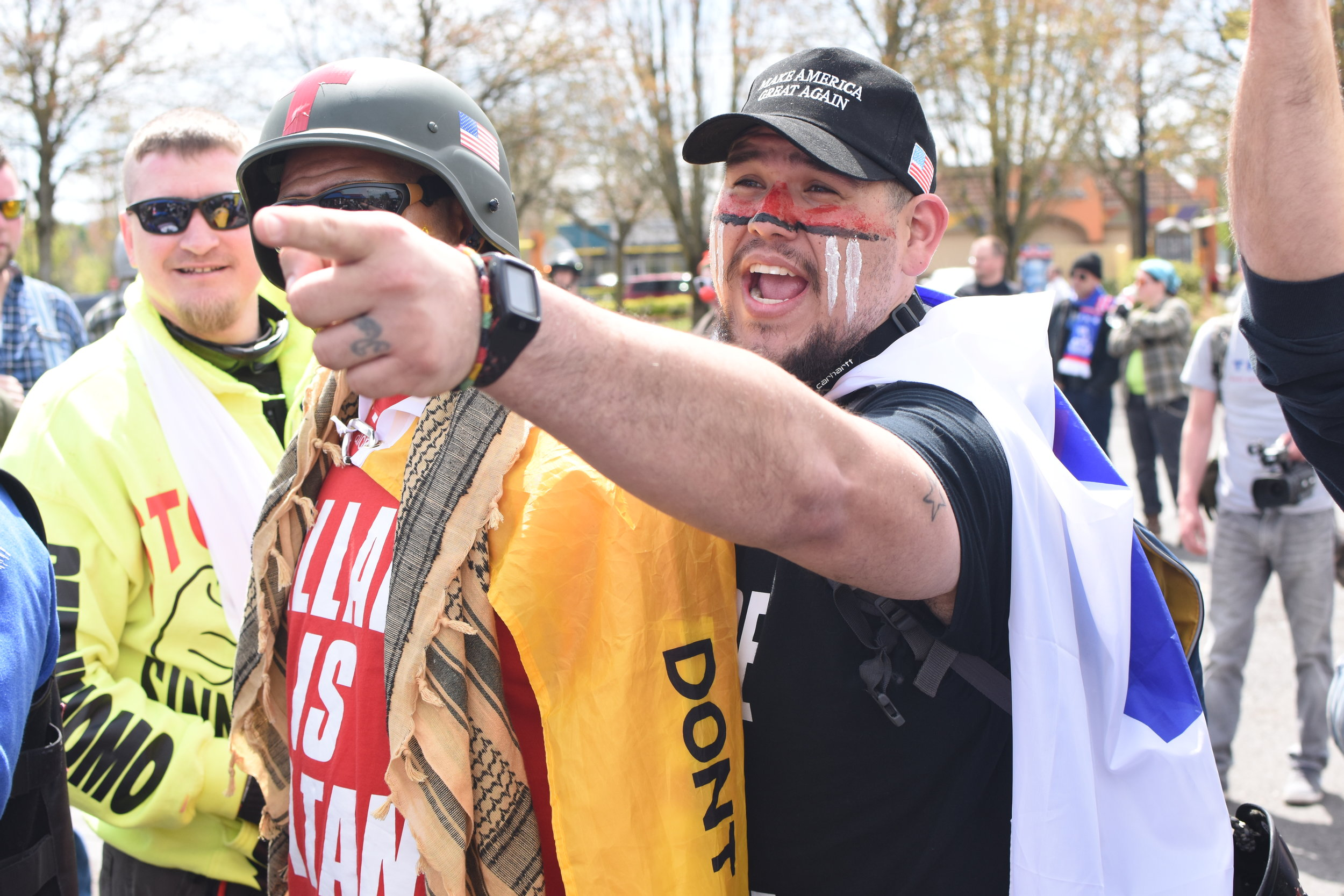 """Portland Mercury - """"Photos & Video: Saturday's Right Wing March, Left Wing Protest in Montavilla"""""""