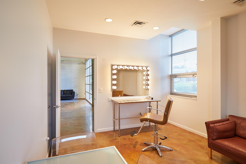 makeup_room.jpg