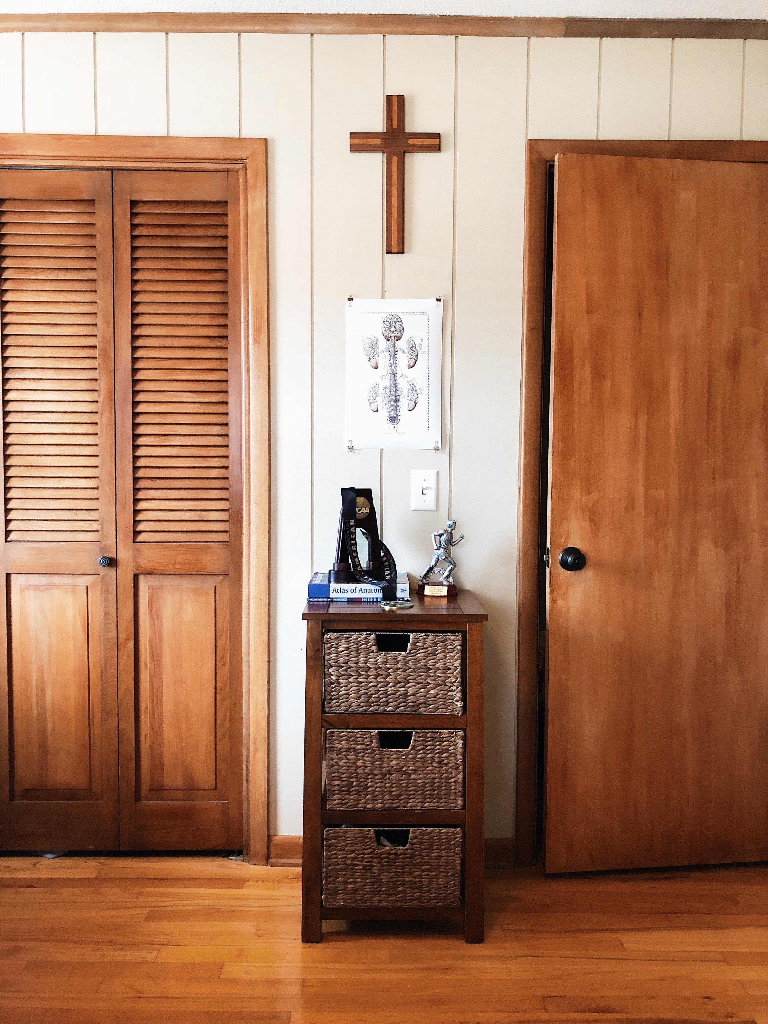 college-guy-bedroom-cross-doors-wood-floors-trophy-poster.jpg