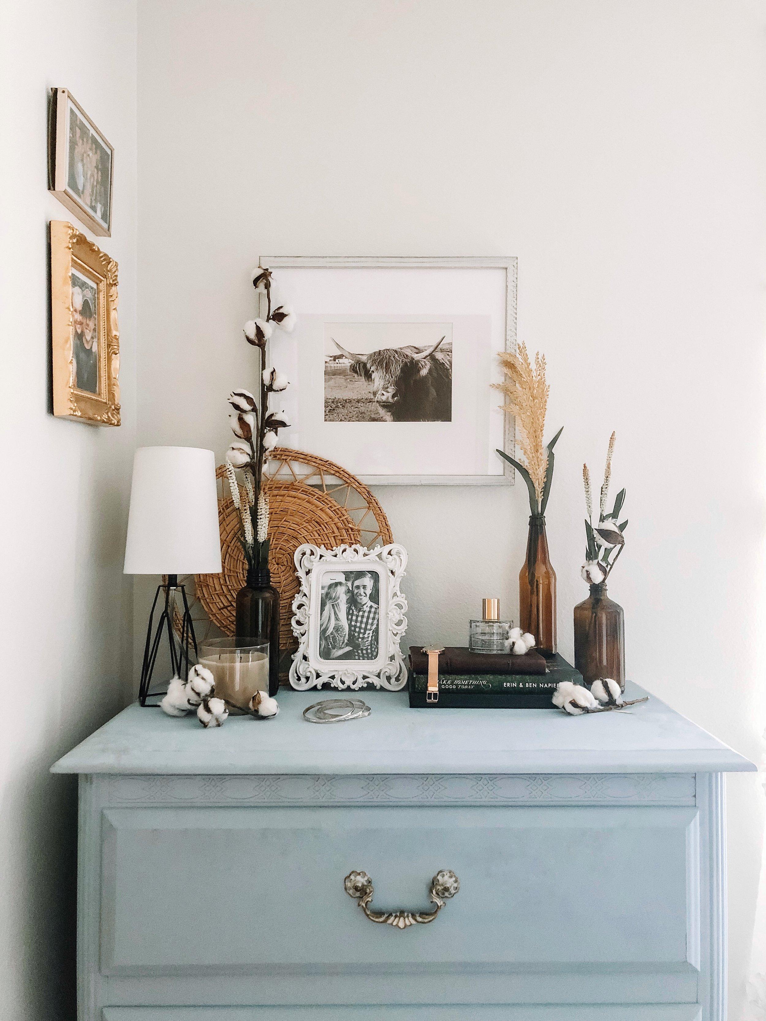 fall-decor-amber-bottles-cotton-stems.jpg