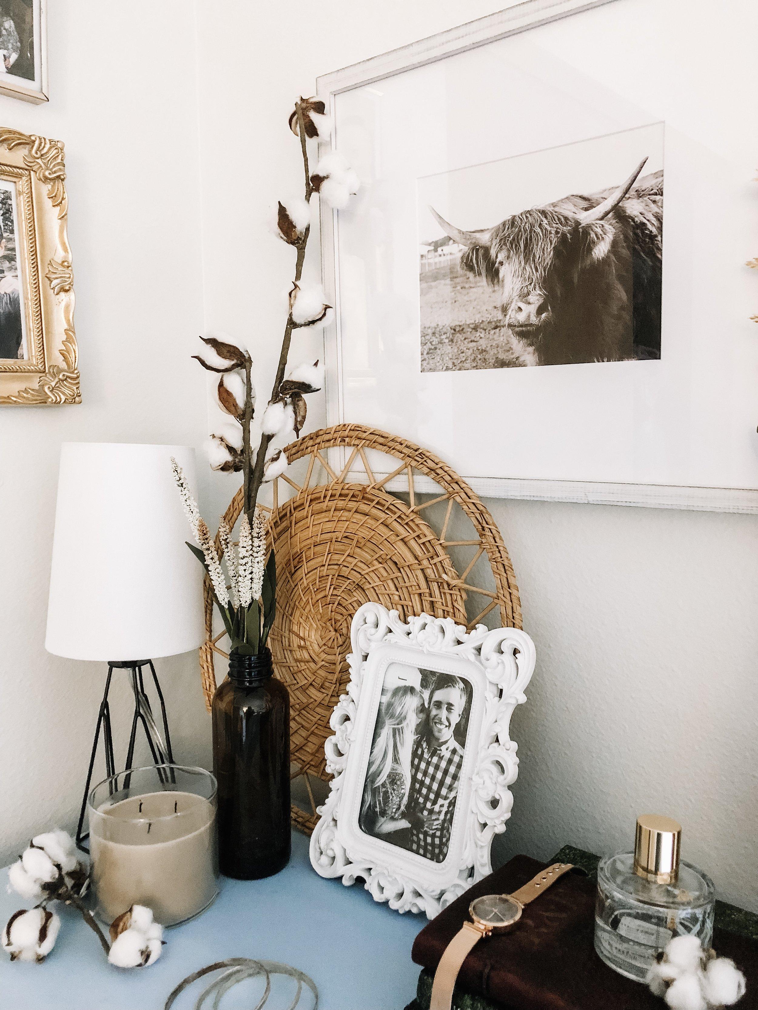 fall-decor-amber-bottles-cotton-stems-2