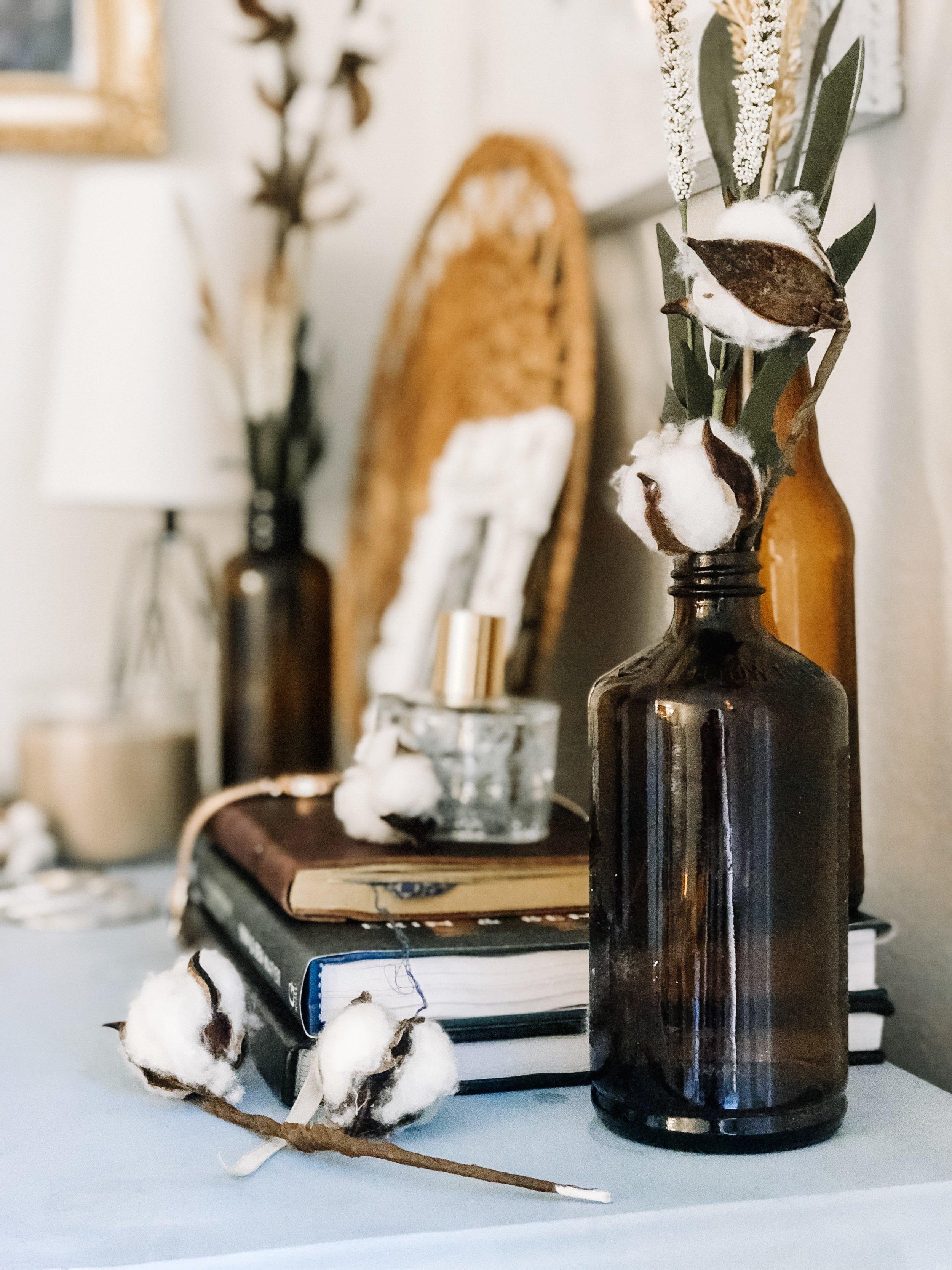 fall-decor-amber-bottles-cotton-stems-5
