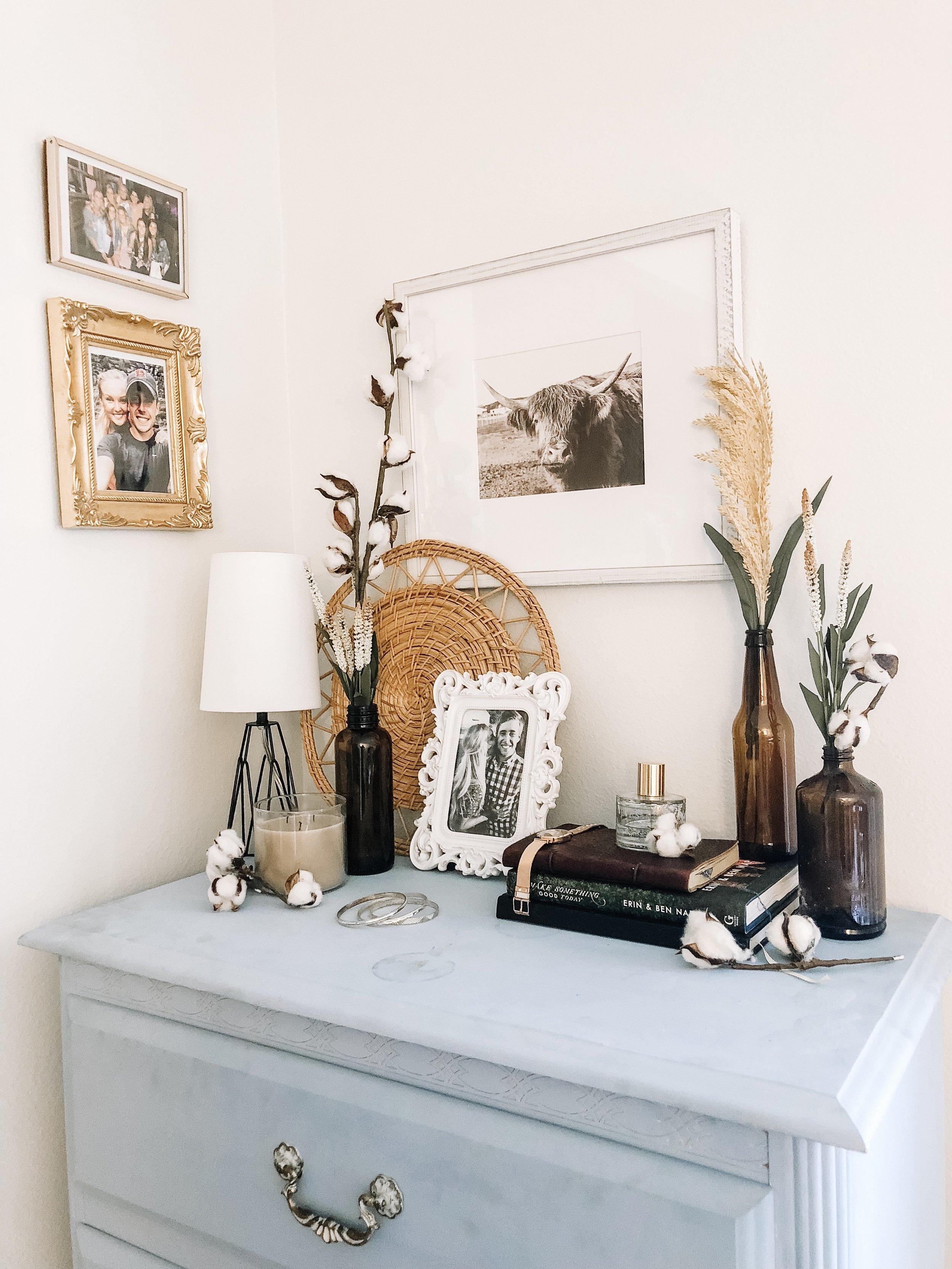 fall-decor-amber-bottles-cotton-stems-6