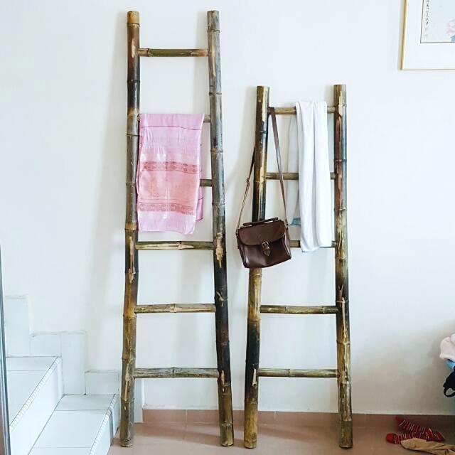 ladder-decor-photo-photo-blanket-ladder-decor-steals.jpg