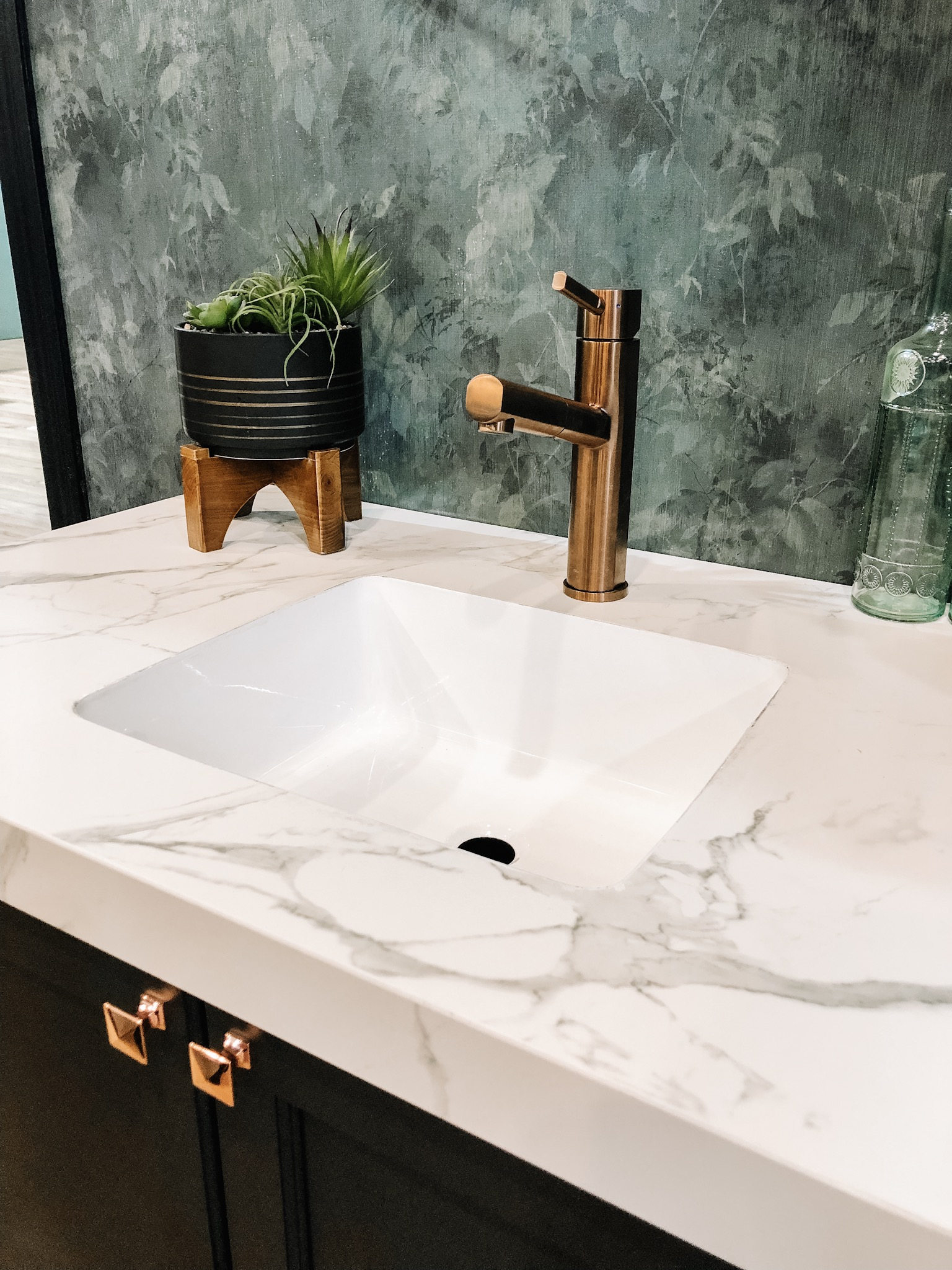 The Top 5 Kitchen and Bath Trends for 2019 and How To Get Them On a Budget - Rose Gold Copper Faucet