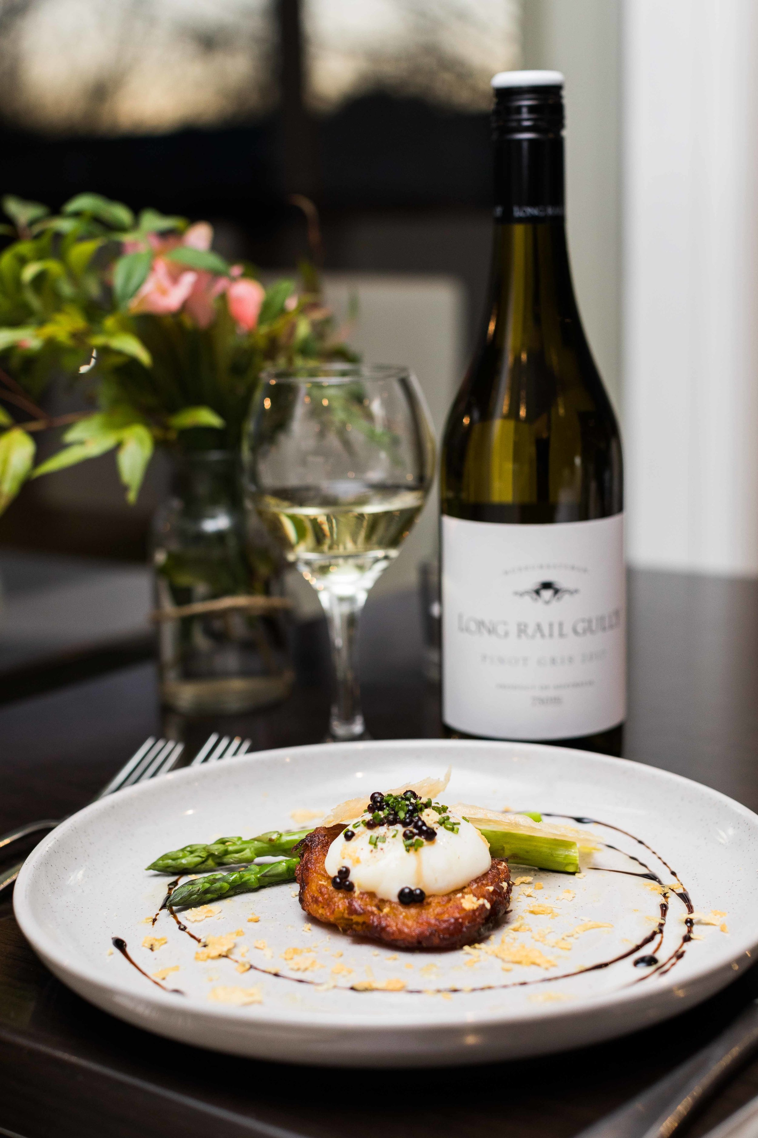 Versatile Restaurant Canberra - Fine Dining Experience