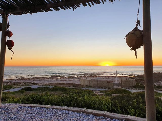 We hope your family had a blessed Easter weekend 🐣🐰☀️💛 . . . . #nofilter #africansunset #easter #family #easterweekend #westcoastsunset #livingfortheweekend  #oppiduin #grootvleiguestfarm #sunset #peace  #proudlysouthafrican #holiday  #honeymoonsuite #travelsa #sa #travel #adventureisoutthere #waves #sunset #lovewins #lambertsbay #westcoast #westerncape  #destinationwedding #travelZA #localislekker #farmstays #roomwithaview #lambertsbaai #innituin