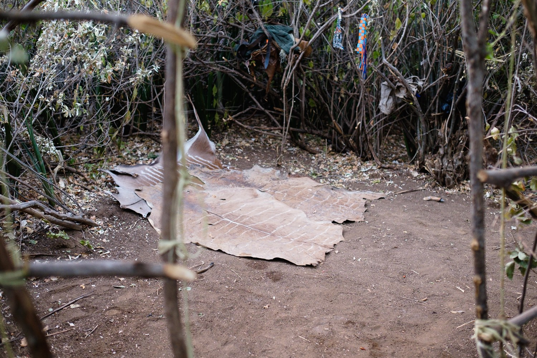 Schlafzimmer im Camp der Hadzabe