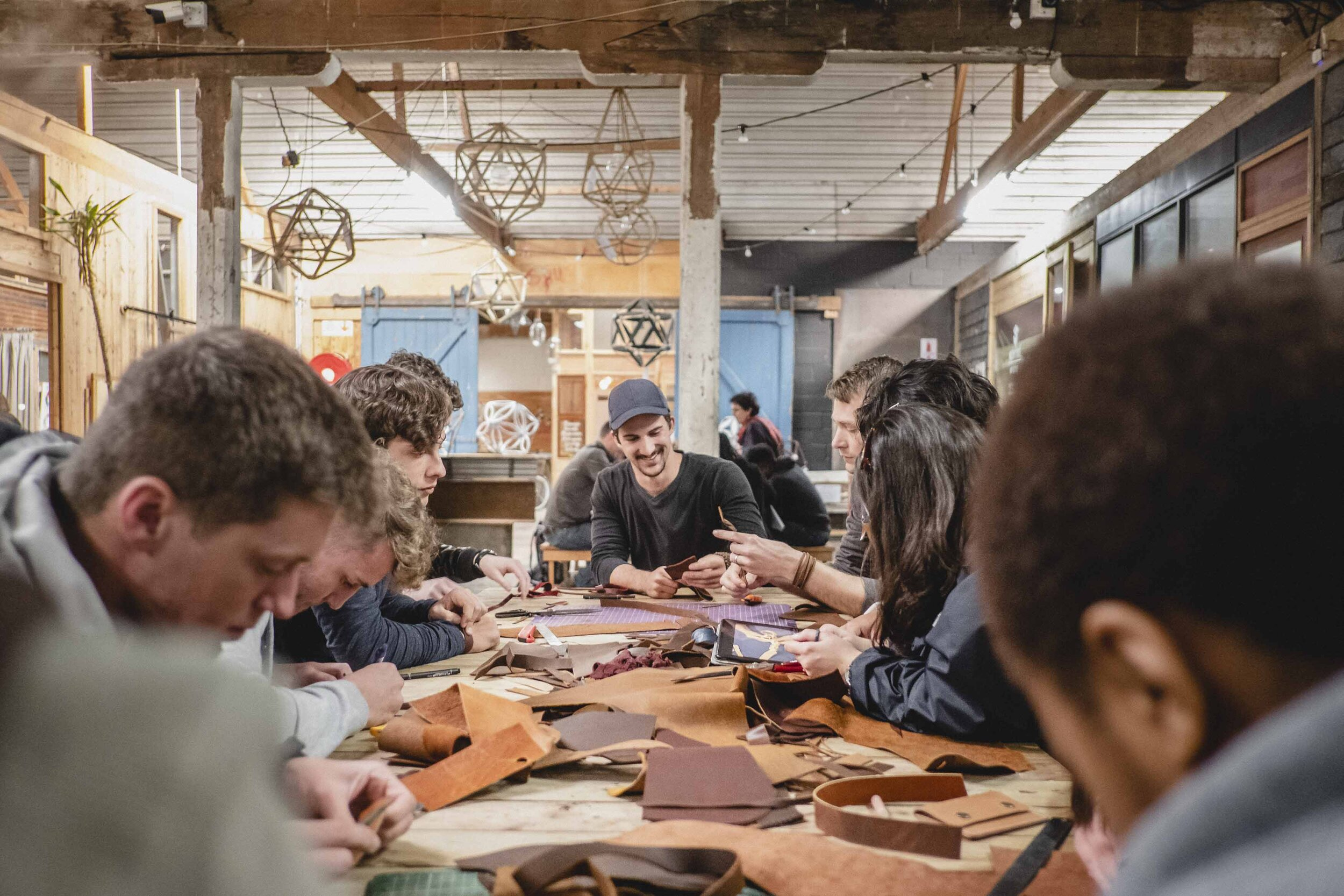 Art Experience - Awe Art experiences allow you to work with an artist or crafter on something special you can take home, that represents your travel experience in Port Elizabeth. Spend this time learning a new skill and get a glimpse into the life of an artist or crafter.