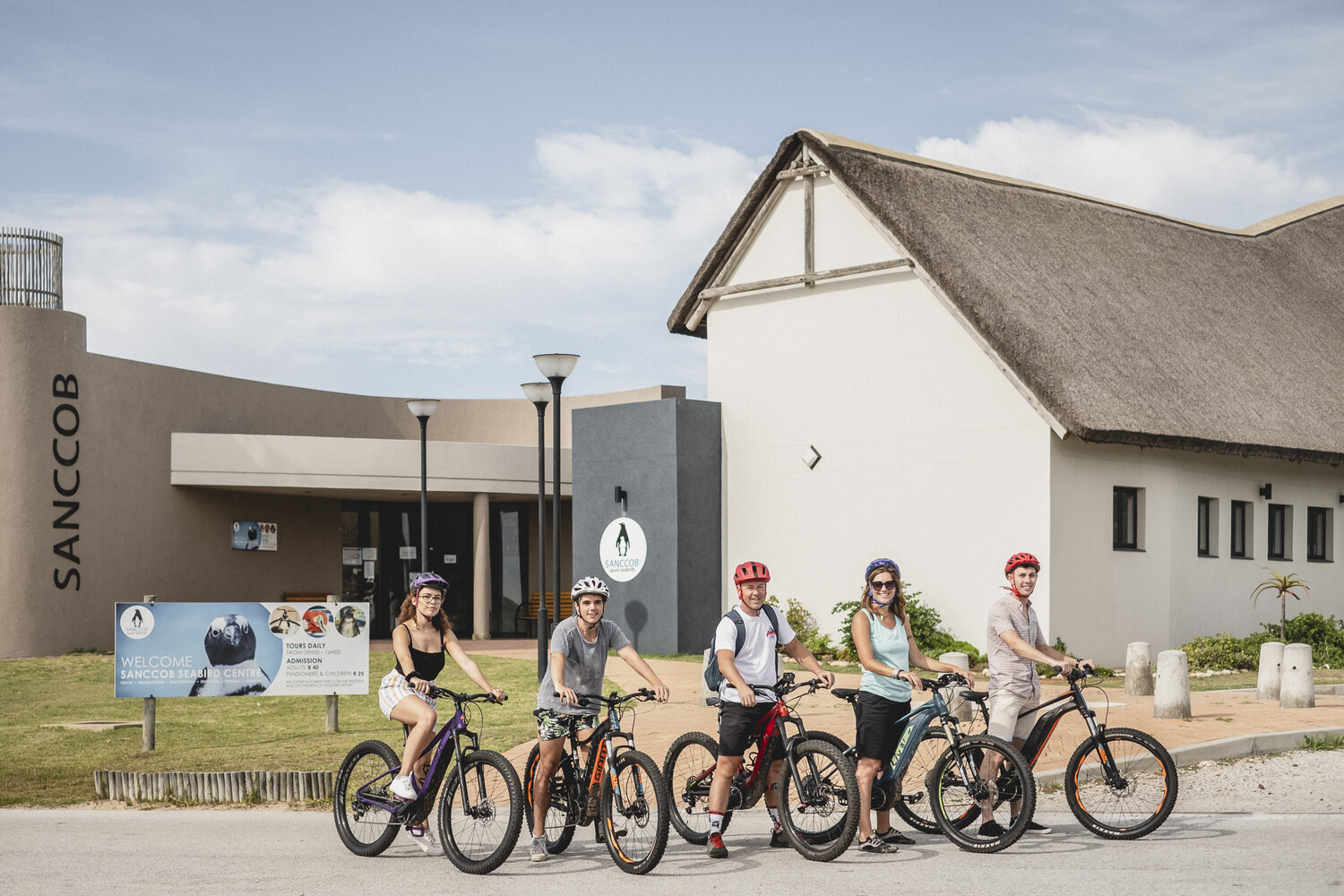 E-Bike Experience - E-bikes is a great tool for beginners to use to get into mountain biking and the same goes for those that are unable to pedal or ride a standard bicycle, as this may offer more accessibility to some.