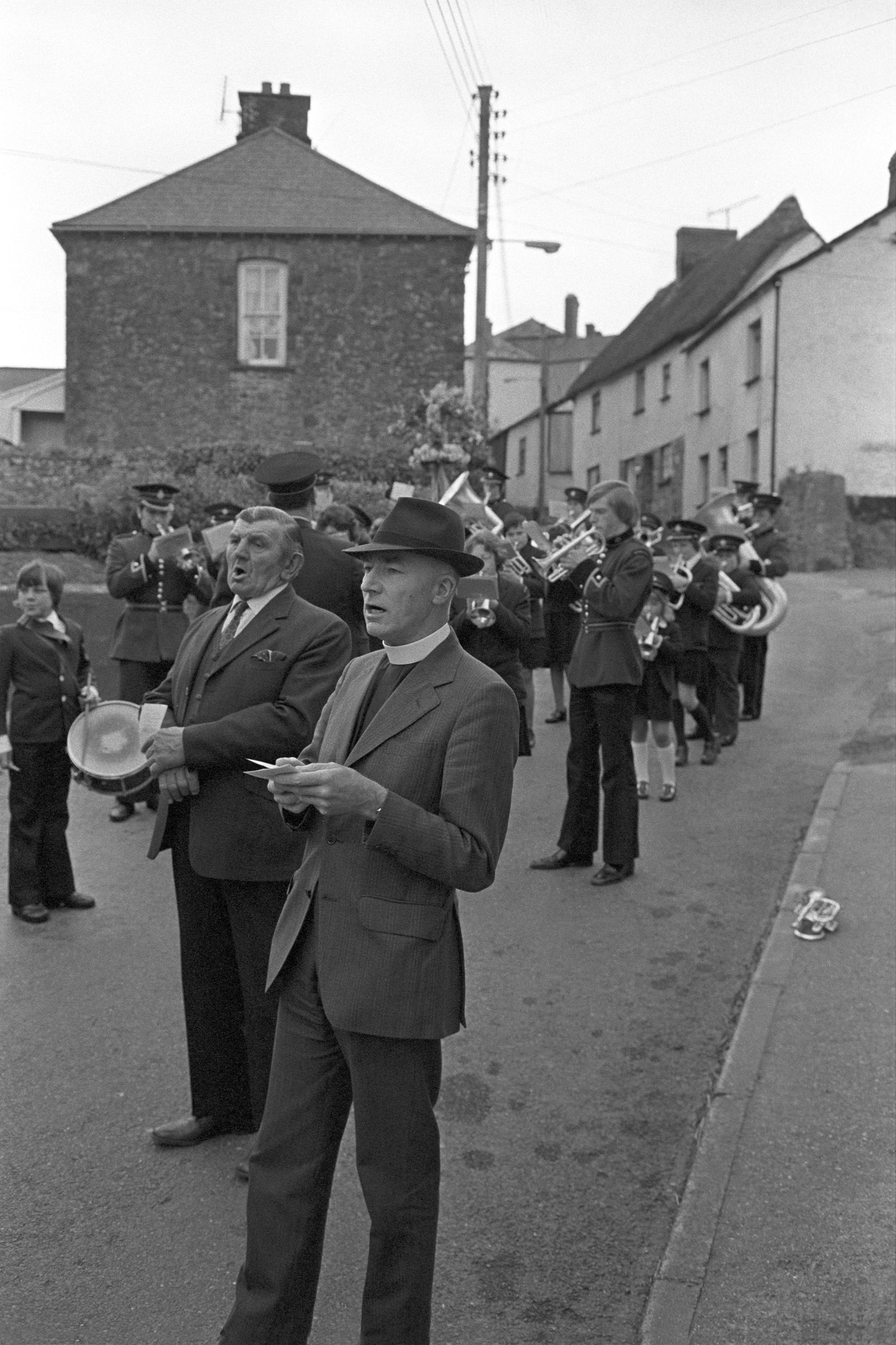Sunday School procession with garland, Hatherleigh, 1976