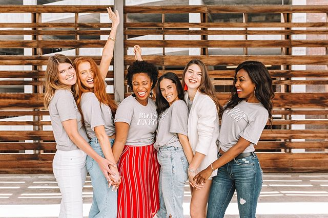 Babes unite ❤️ ATL Girl Gang is all about bringing women together and having fun every step of the way. Want to join our Atlanta community? It's simple. Head to the link in our bio to join for $35/$45 a year. Oh, and tell a friend about us below! #atlgirlgang @vivaluxphotography   . . . . #atlgirlgang #atlgirlboss #girlgang #girlboss #atlanta #pursuepretty #discoveratl #discoveratlanta #weloveatl #whyiloveatl #collaborationovercompetition #girlpower