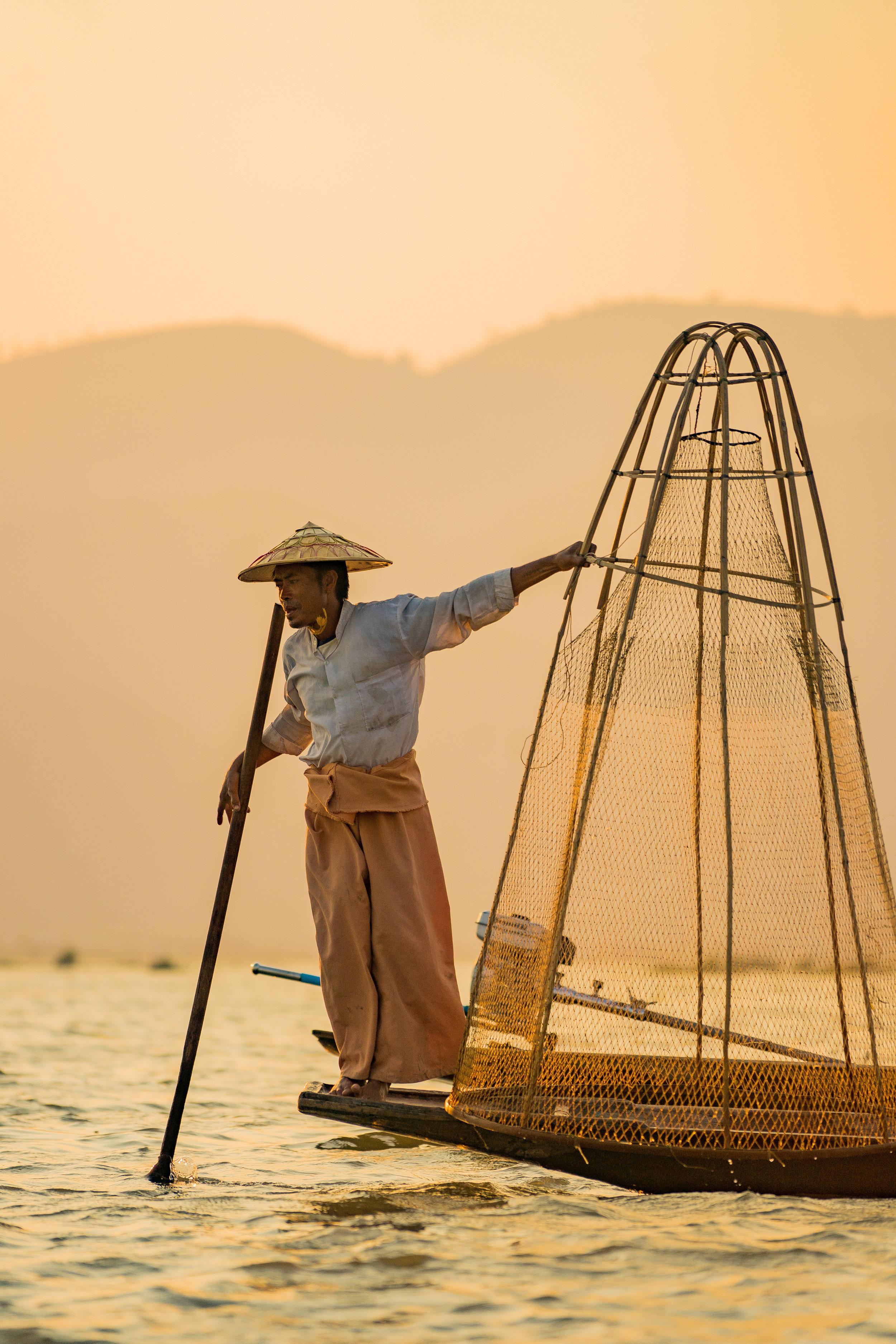 Fisherman at sunset - Inle lake