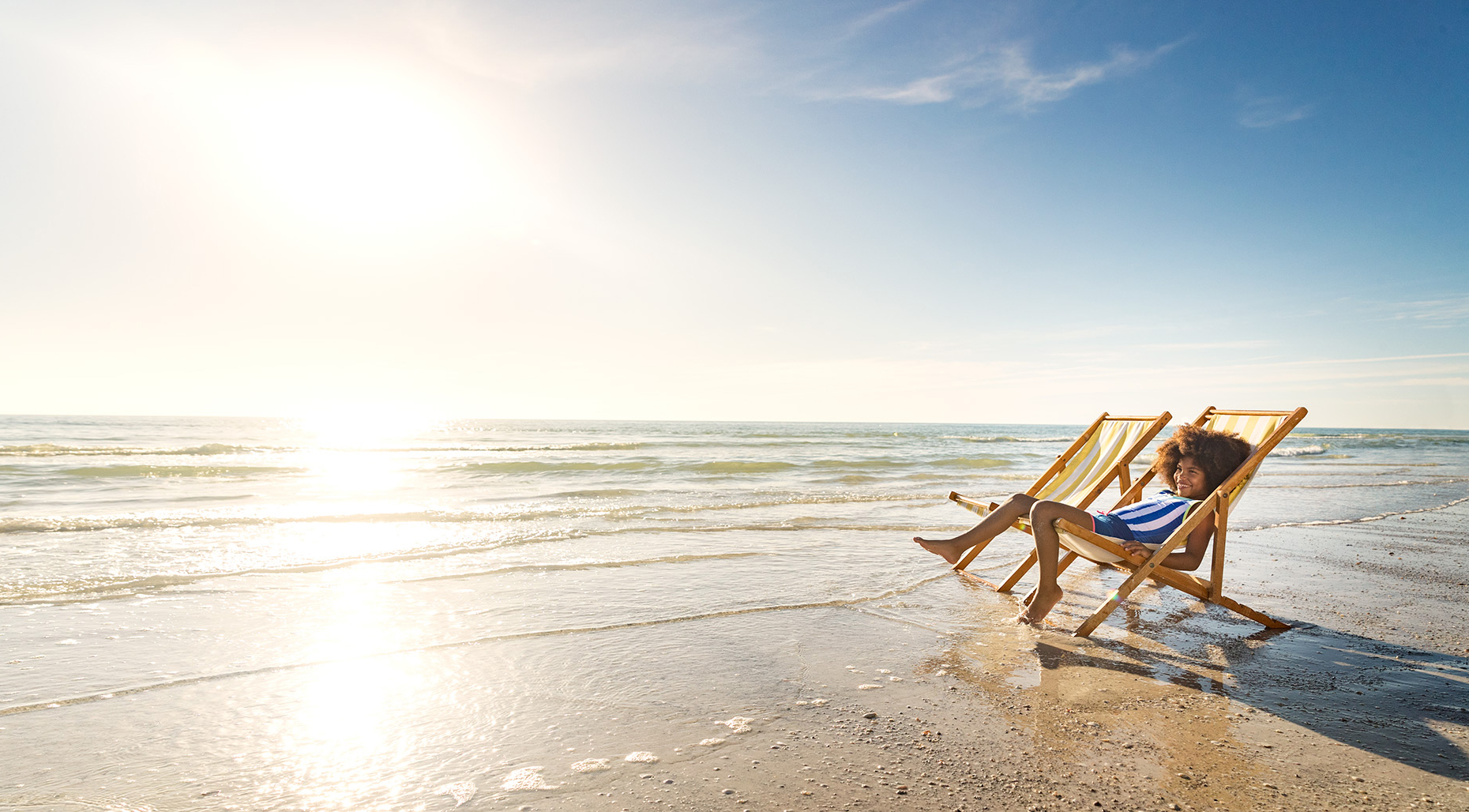 47_Beach_LoungeChair_AA_Girl_Day5_24873-1.jpg