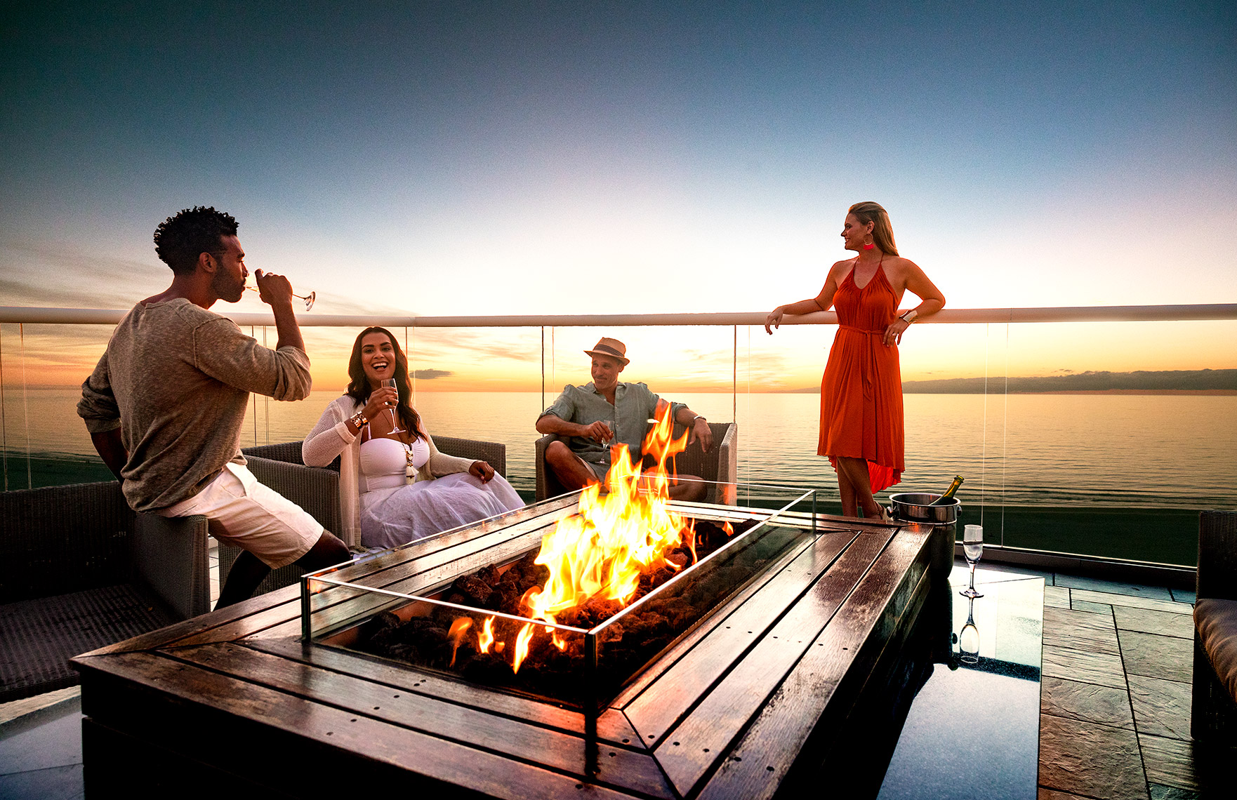 50_PresSuite_Fireplace_Couples_Day5_25327-1web.jpg