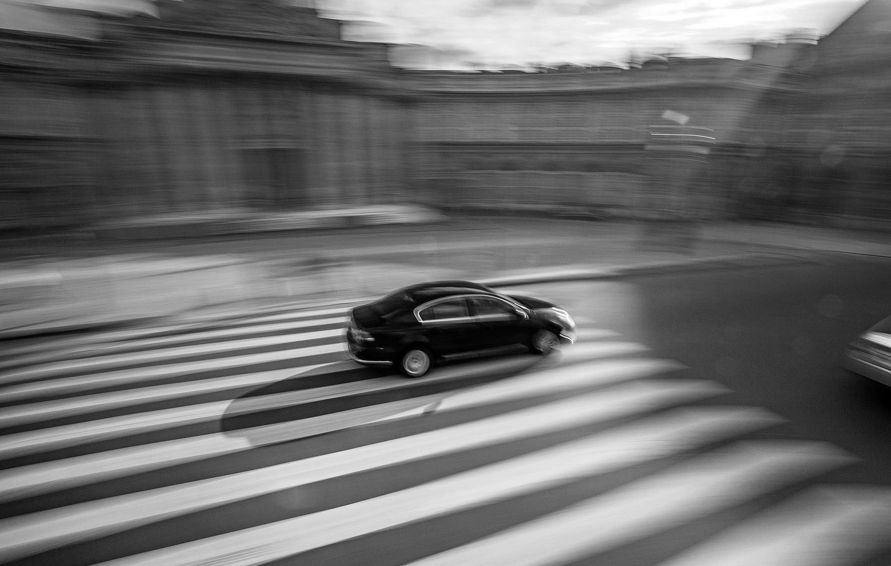 CAR.PARIS.jpg
