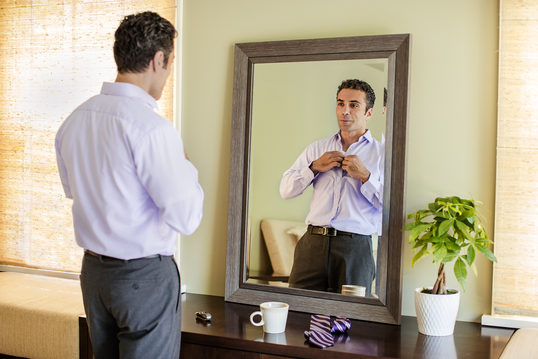 Man-Getting-Ready-63_r1.jpg