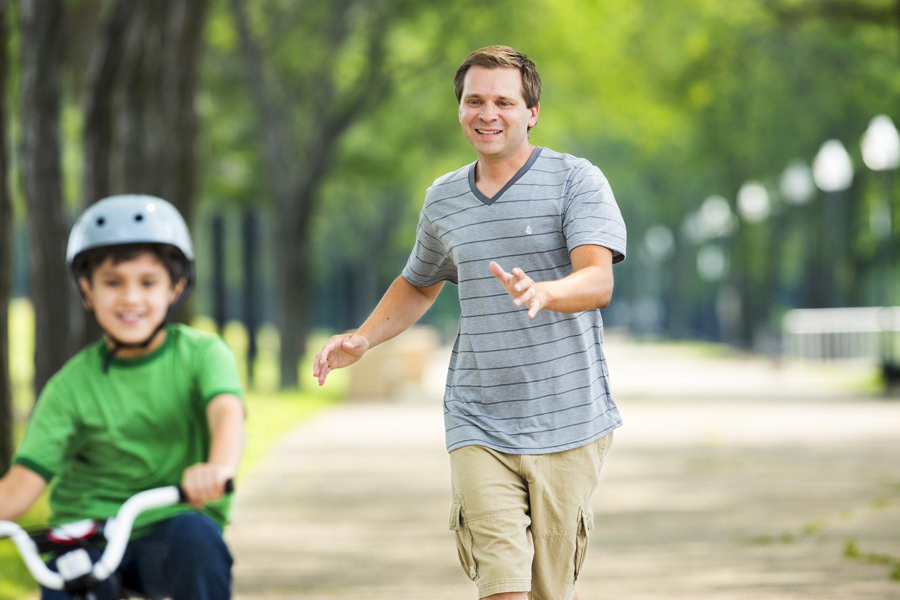 Son-BikeRiding-106_r1.jpg