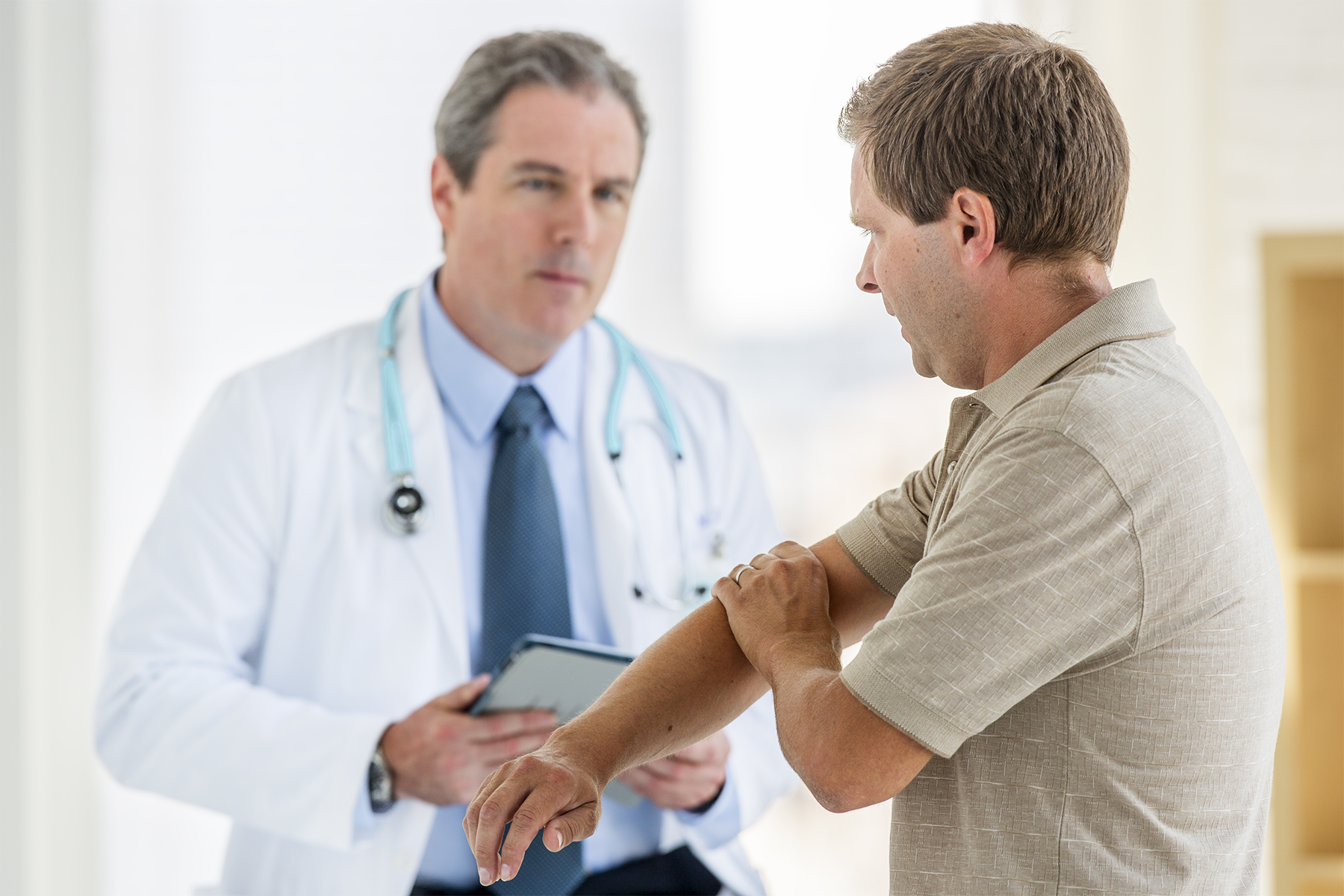Doctor-Male-Patient-86_r1.jpg