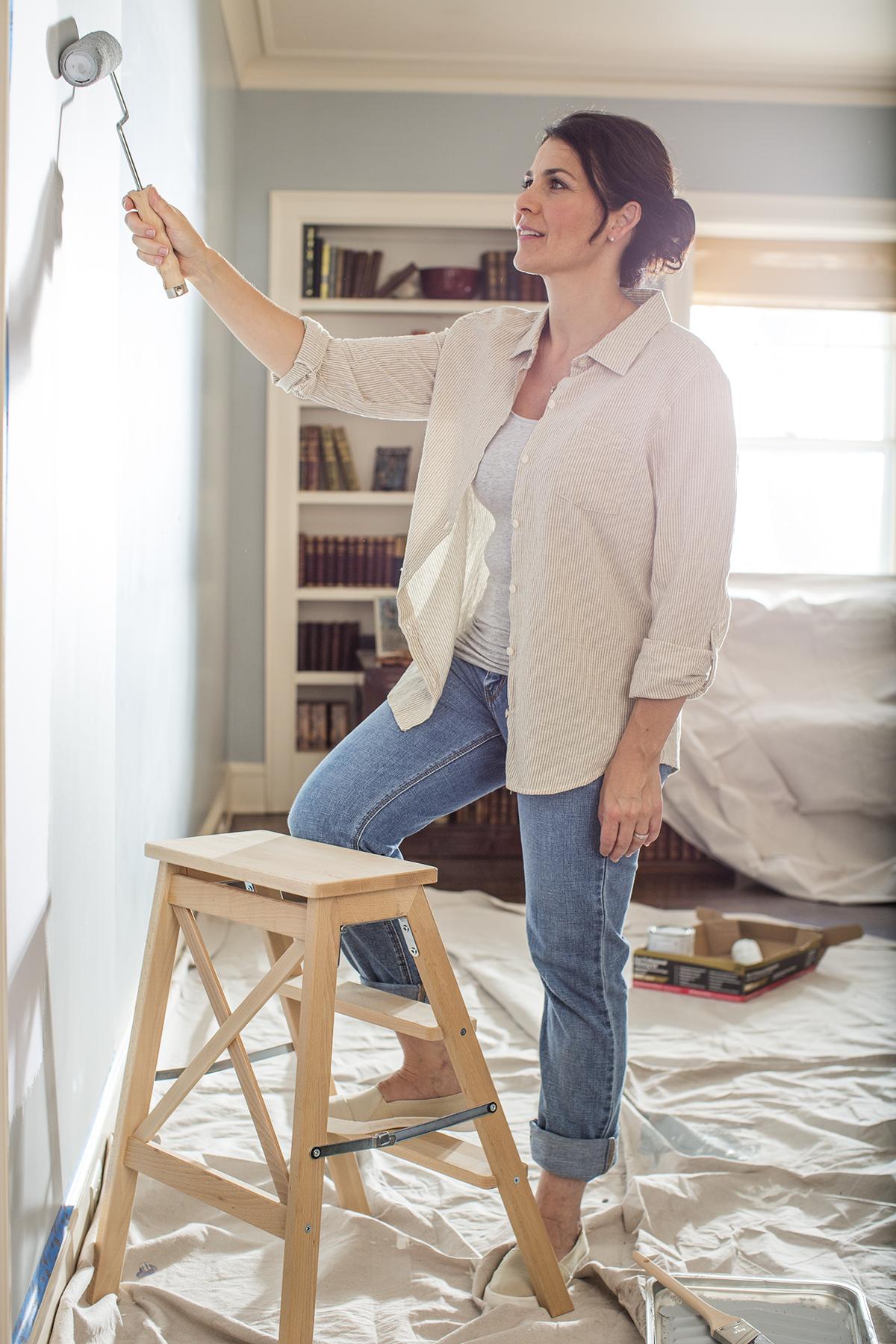 Woman-Painting-132_r1.jpg