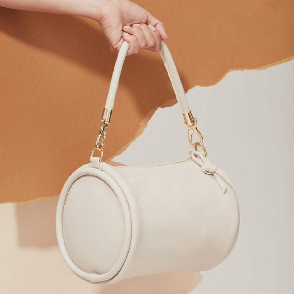 Hozen Vegan Leather Handbag.png