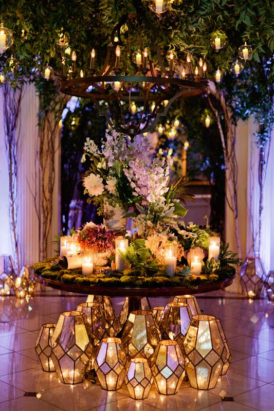 chandelier, mercury lanterns, mirror lanterns, wood table