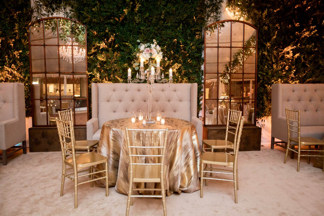 gold linen, gold chiavari chair, windowpane mirror, banquette
