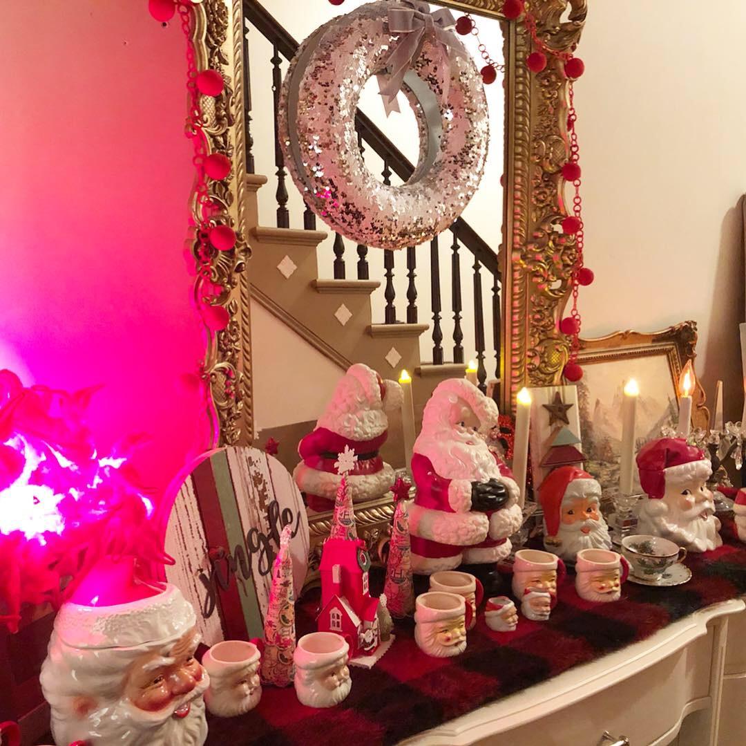 Gary's ongoing Santa mug collection.