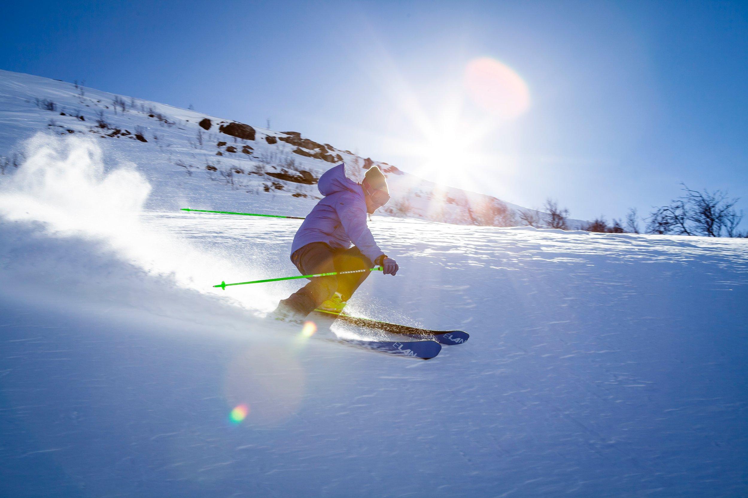 Skifahren & Snowboarden - Flachau bietet eine vielfältige Zahl einzigartiger Pisten, die ideal von unserem Haus aus erreichbar sind.