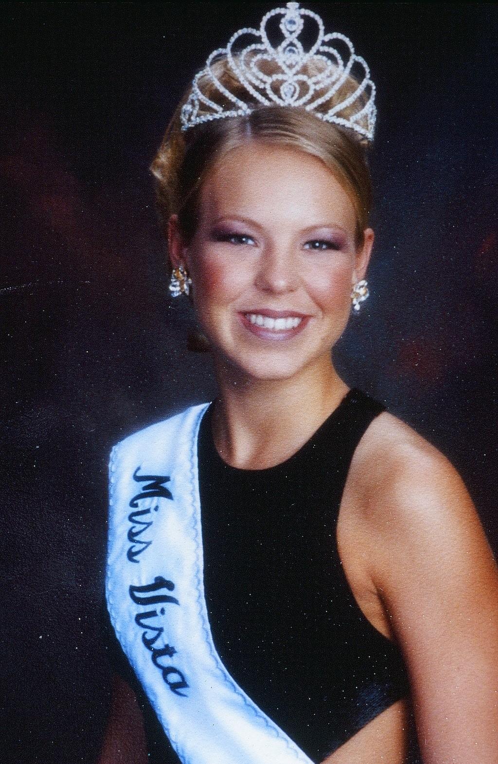 Jennie Foster, Miss Vista 2001