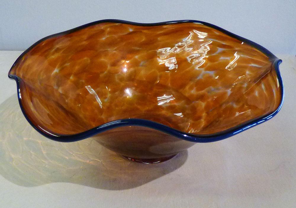 16-24312 AlBo Bowl Scallop Peach 8x10 glass.jpg