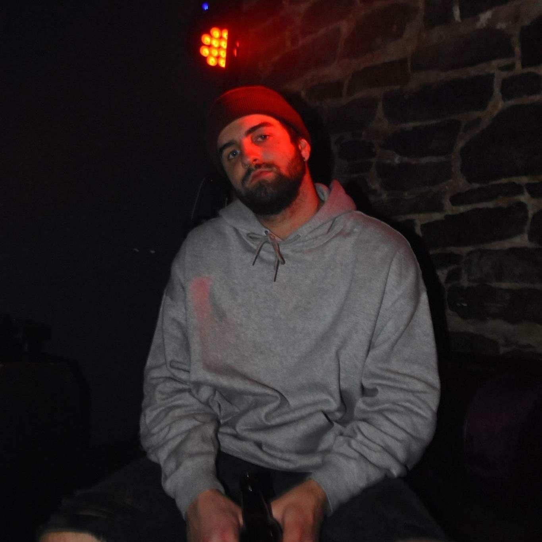 ZACH GERVAIS / BUC2THFISH    DJ/PRODUCER  EVENTS COORDINATION