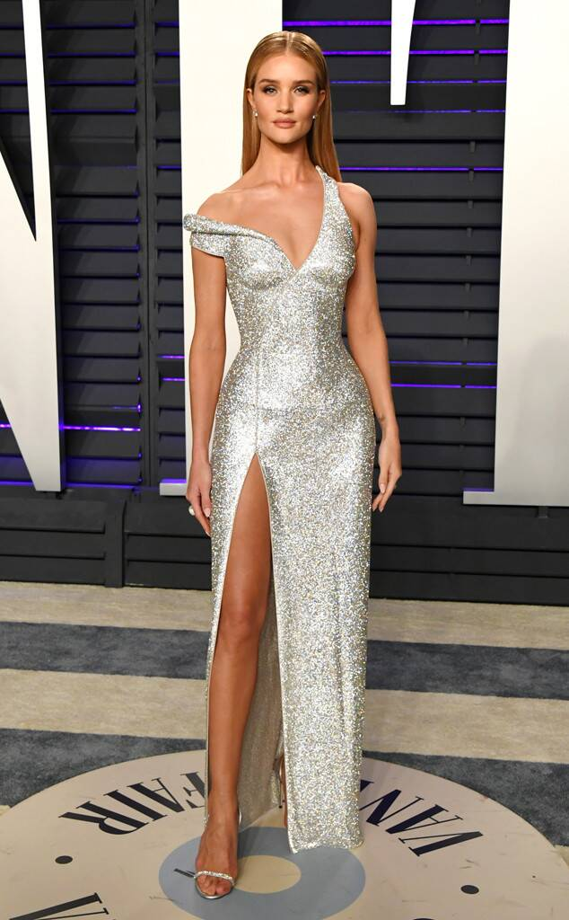 E! News: Rosie Huntington-Whiteley at the 2019 Vanity Fair Oscars After Party • February 24, 2019