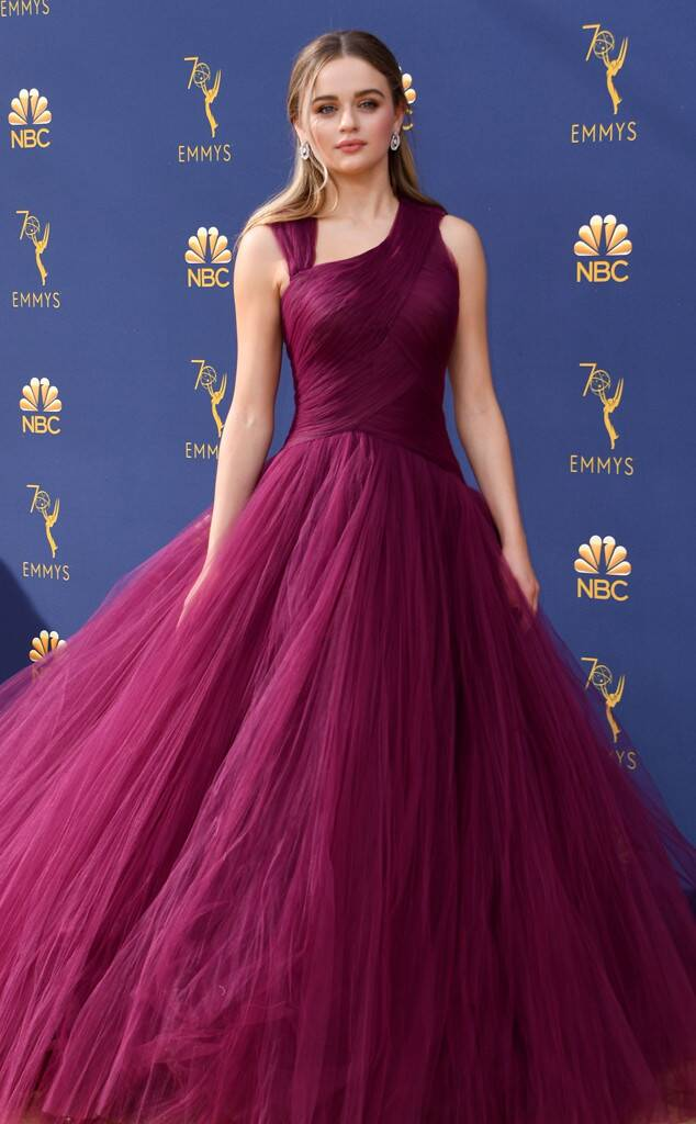 E! News: Joey King at the 2018 Emmys • September 17, 2018