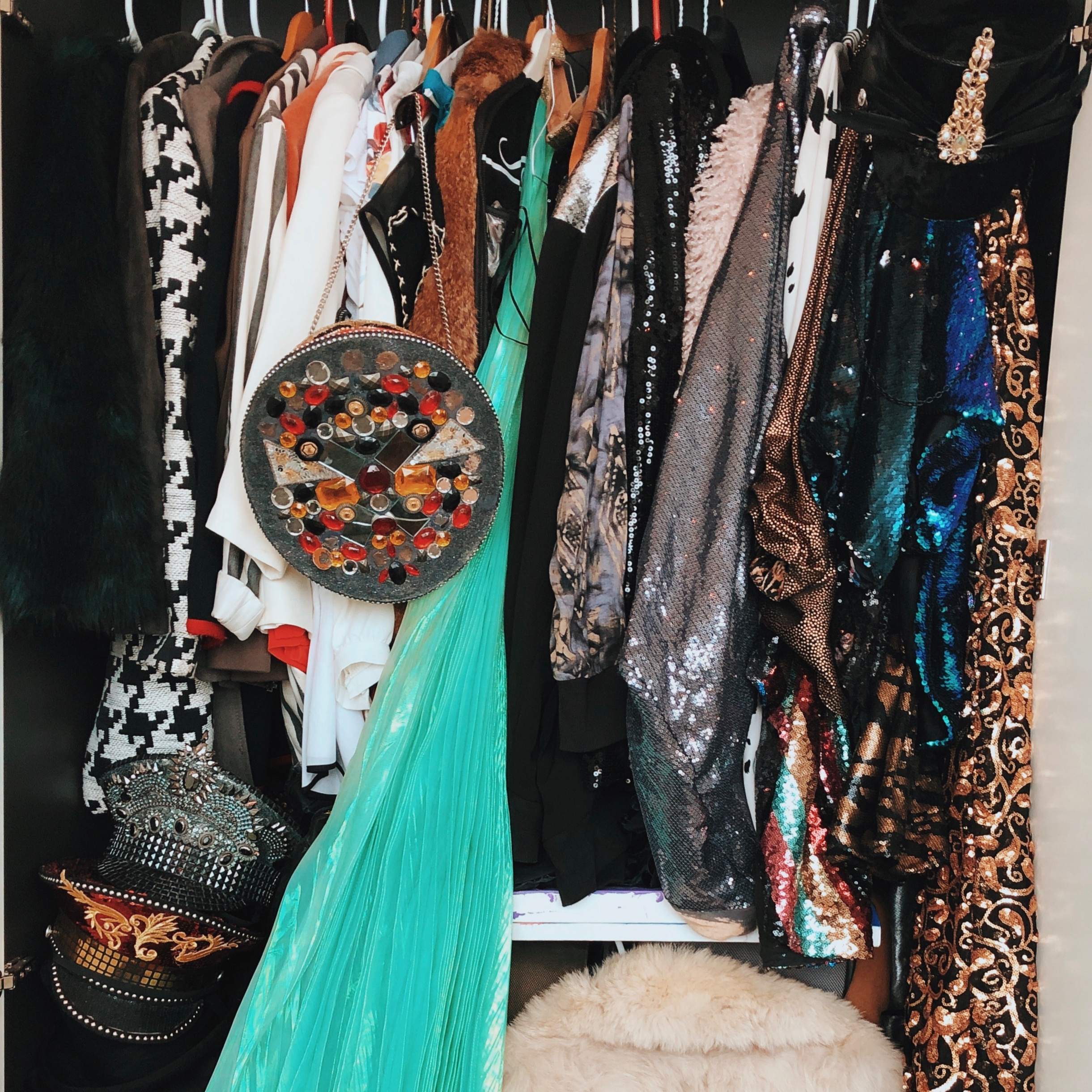 We can also help you empty your jam-packed closets! - We hate the idea of waste, and would love to find the perfect owners for the pieces you're not into anymore.
