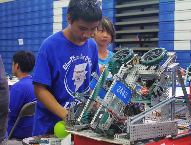 Among the various STEM education programs that the MEDB Ke Alahele Education Fund supports is VEX and FIRST Robotics – dynamic programs that are helping to inspire future leaders, innovators and problem solvers. Photo from Maui High School
