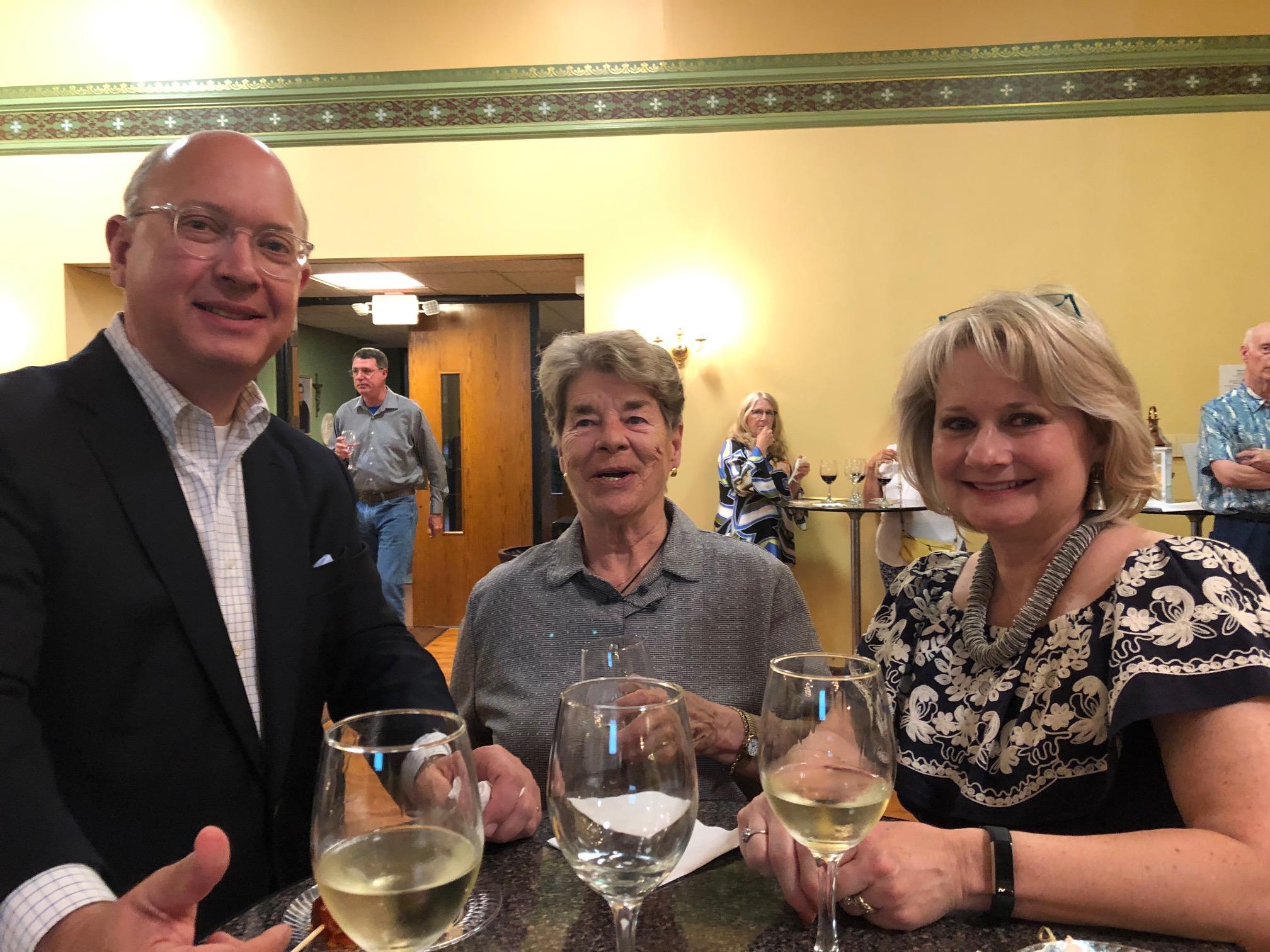 Ed Stewart with tenor Meg Hemingway & alto Shelley Stewart